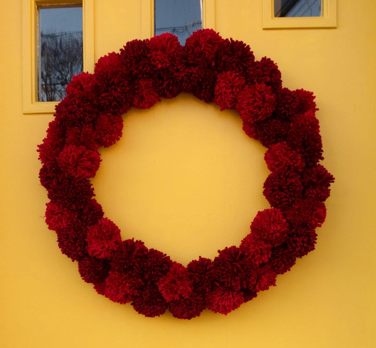 How To Make A Pom Pom Wreath Weekend Craft