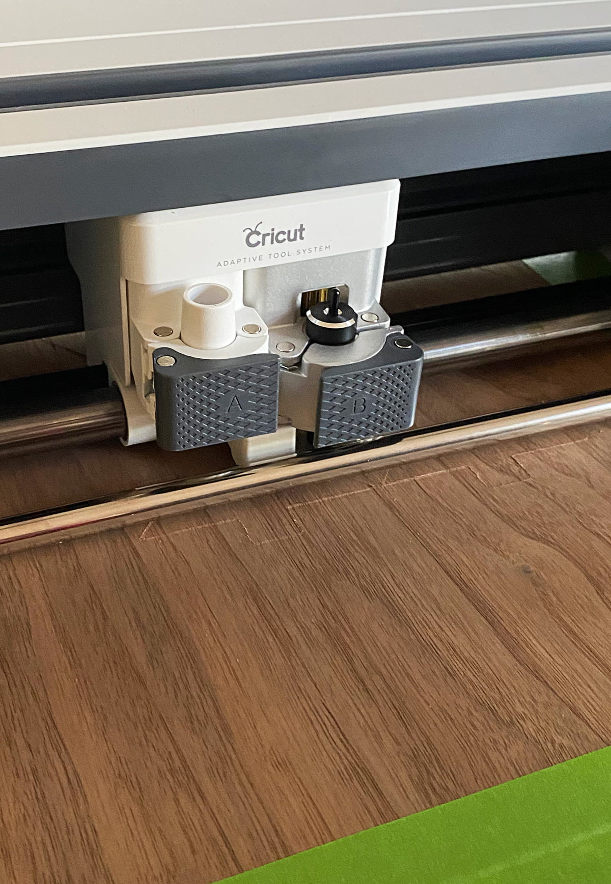 How to cut veneer with cricut