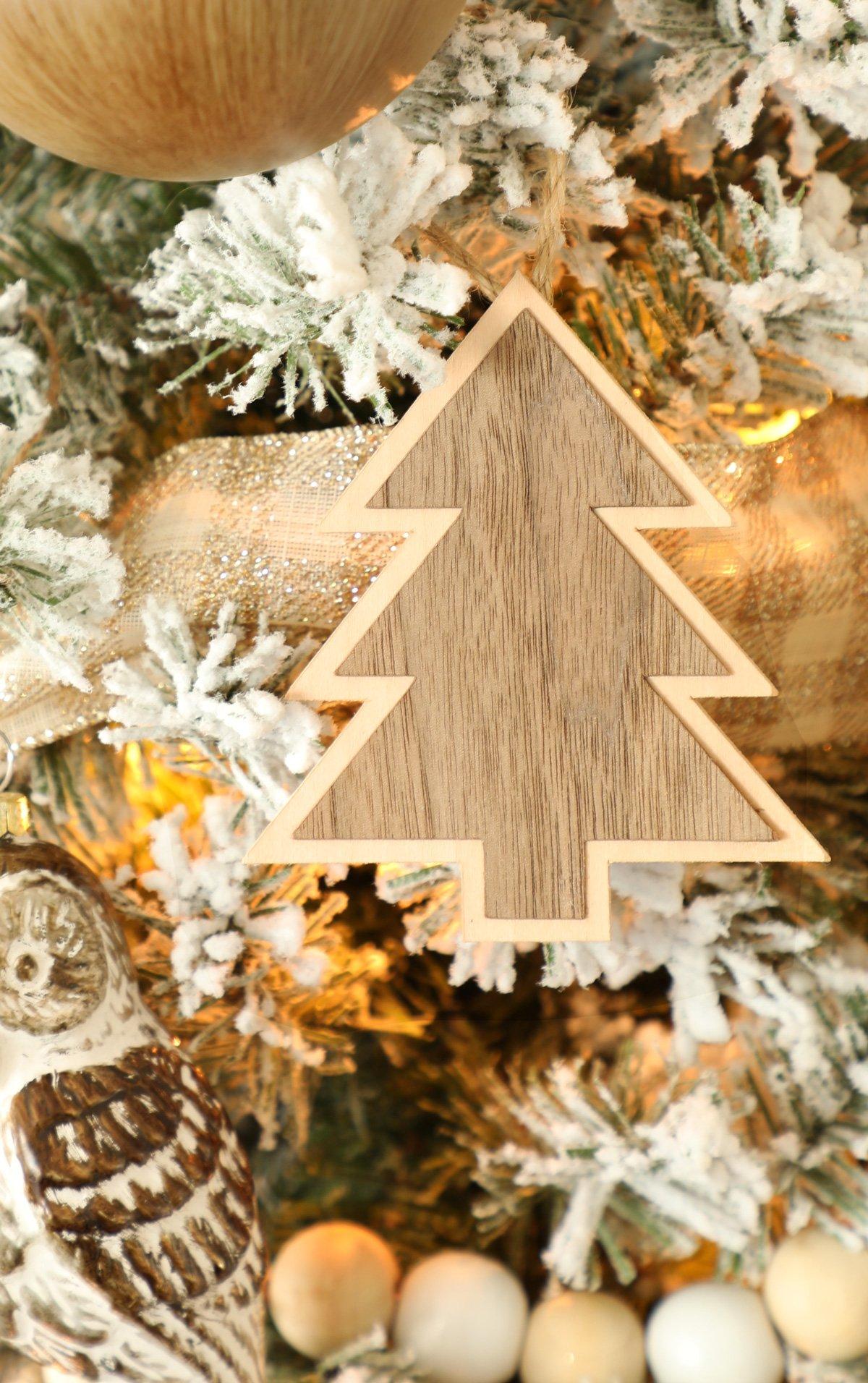 Wood Christmas Tree Ornaments with Cricut Maker