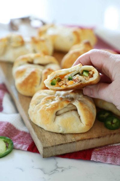 jalepeno popper stuffed biscuits