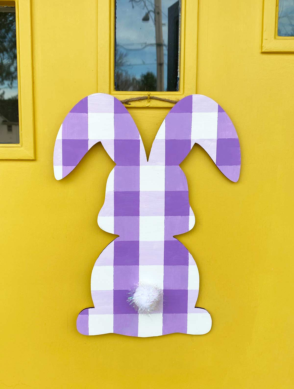 DIY Plaid Painted Easter Bunny
